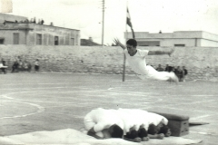 04-----.-1966